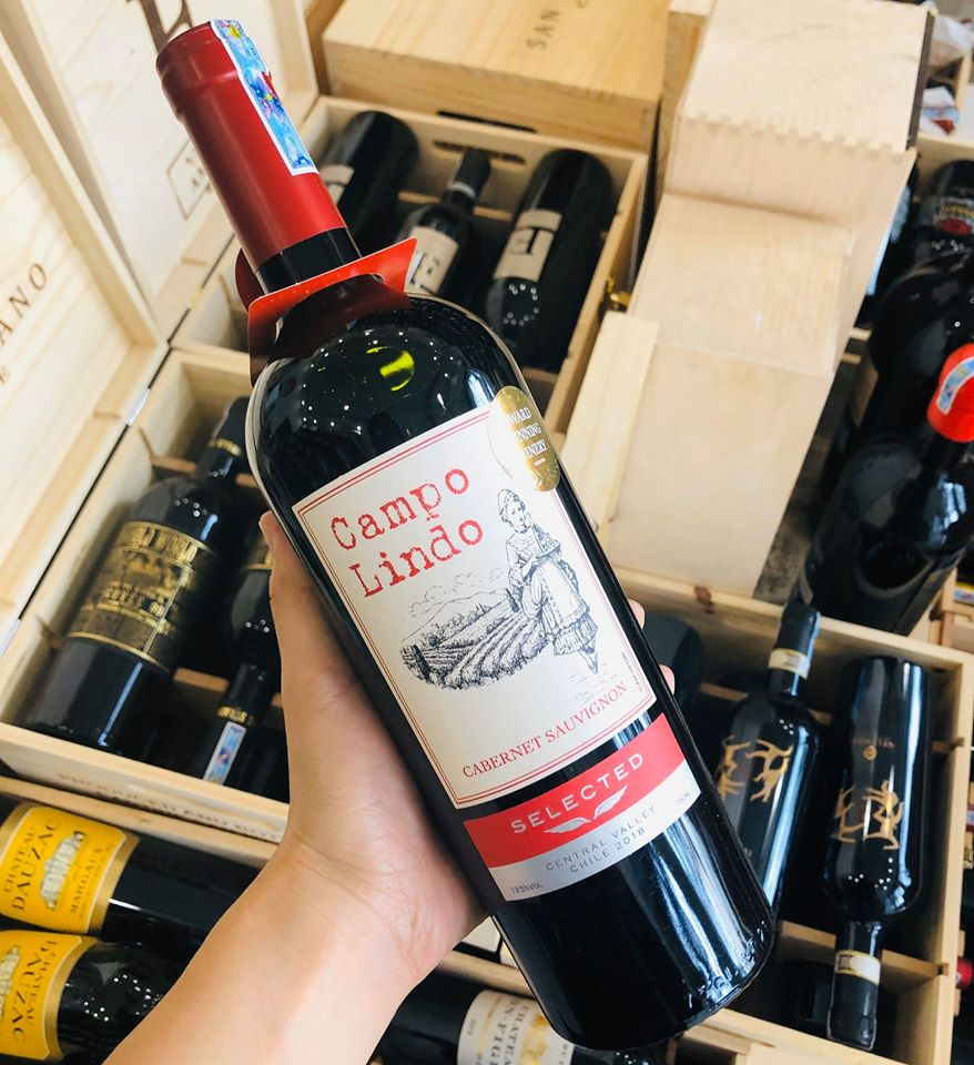 Giá sale: 235,000đ - Vang Chile Campo Lindo Selected hảo hạng